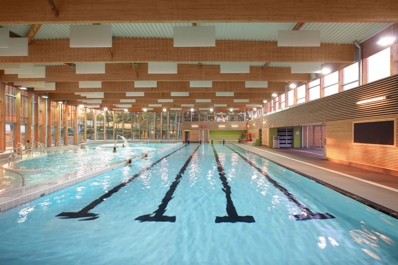 Bourgueil rouleau architectes piscine communautaire du for Piscine tours 37
